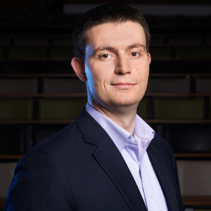 Dr. Nikola Serafimovski